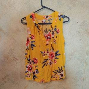 Old Navy Yellow Floral Print Sleeveless Top